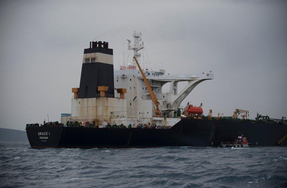 Иранцы захватили нефтяной танкер