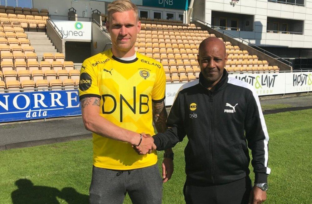 Joonas Tamm lõi käed Lilleströmiga.