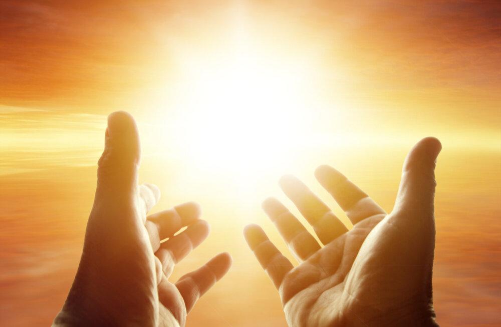 10 jõuduandvat spirituaalset tsitaati elust