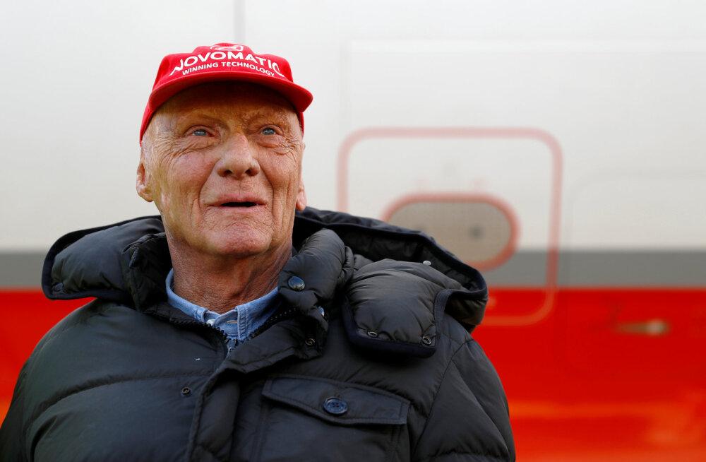 Vormelilegend Niki Laudale tehti edukas kopsusiirdamise operatsioon, kuid mees on jätkuvalt kriitilises seisundis
