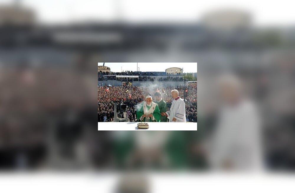Paavst korraldab rock-kontserdi