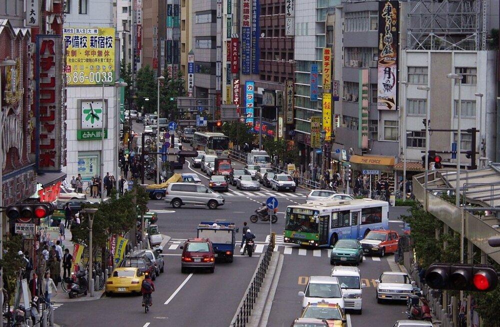 Tokyo liiklus. https://wrotniak.net