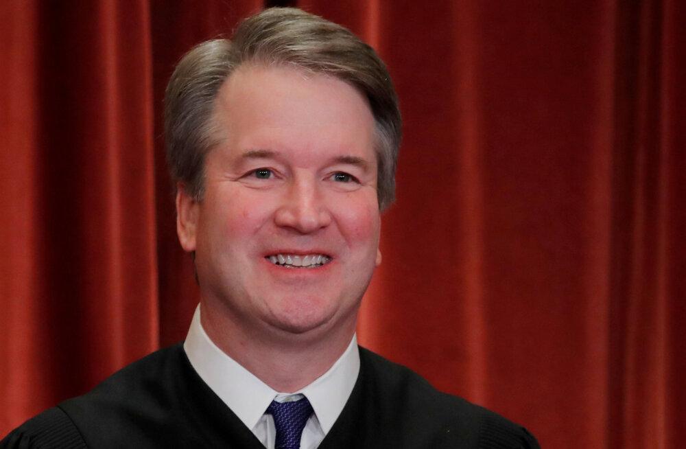 Trump asus kaitsma uute seksuaalse väärkohtlemise süüdistuste alla sattunud ülemkohtu kohtunikku Brett Kavanaugh'd