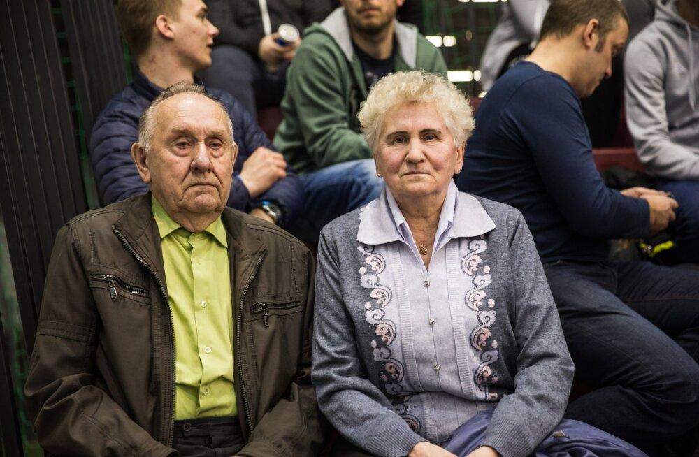 Avo Keele vanemad