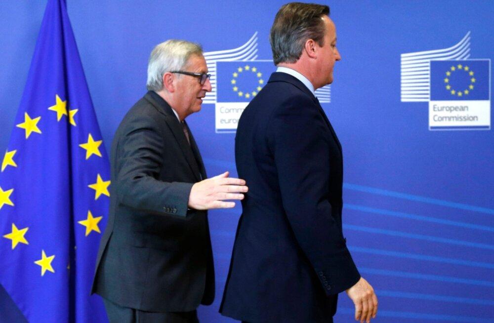 """""""Hakkame nüüd minema,"""" paistab Juncker (vasakul) ütlevat Cameronile eilsel kohtumisel Brüsselis."""