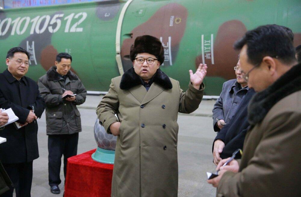 Põhja-Korea lasi välja rakette ja teatas oma territooriumile jäänud Lõuna-Korea varade likvideerimisest