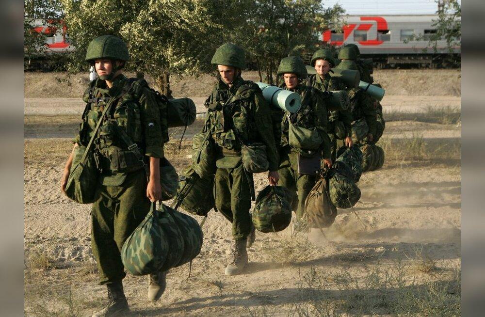 Vene armee värbab poole vähem kutsealuseid