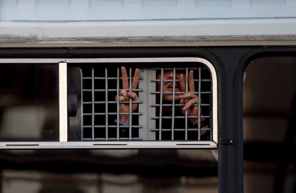 Navalnõi korruptsioonivastase fondi 8 töötajale määrati arestid ja trahvid
