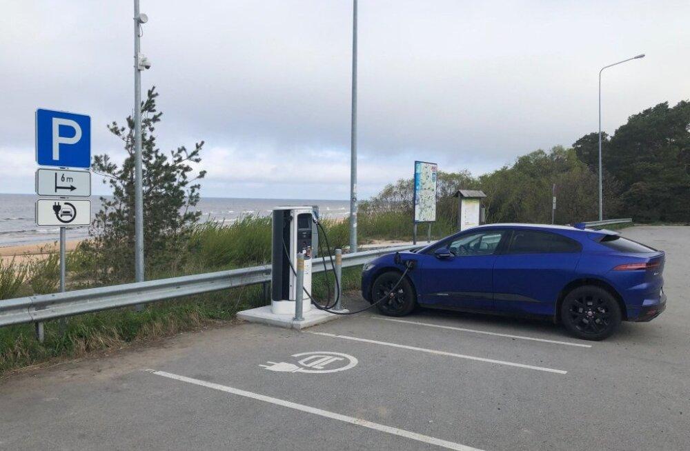 Onu Raiu ja tema Jaguar I-Pace: elektriautoga kohanemine nõuab pikka meelt
