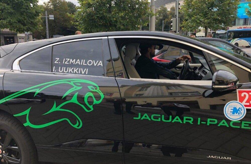 В Таллинне стартовал марафон электромобилей