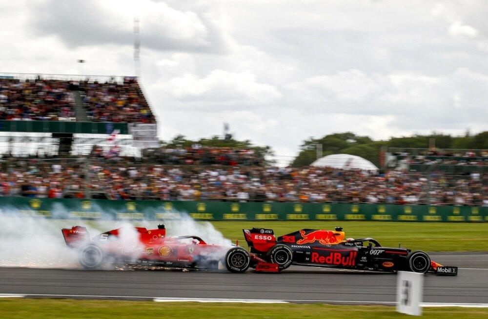Sebastian Vettel sõitis Max Verstappenile tagant sisse.