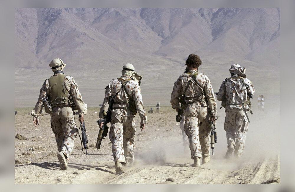 Силы НАТО в Афганистане передали контроль властям страны