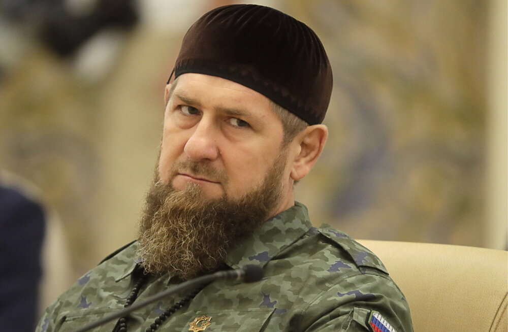Suur poksimatš tulekul: Tšetšeenia liider Kadõrov lubas nimeka raskekaallase nokauti lüüa