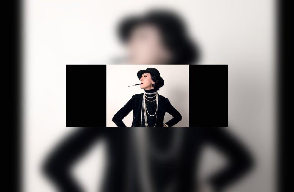 Aldo Järvsoo Coco Chanelina Rotermanni vabaõhugaleriis