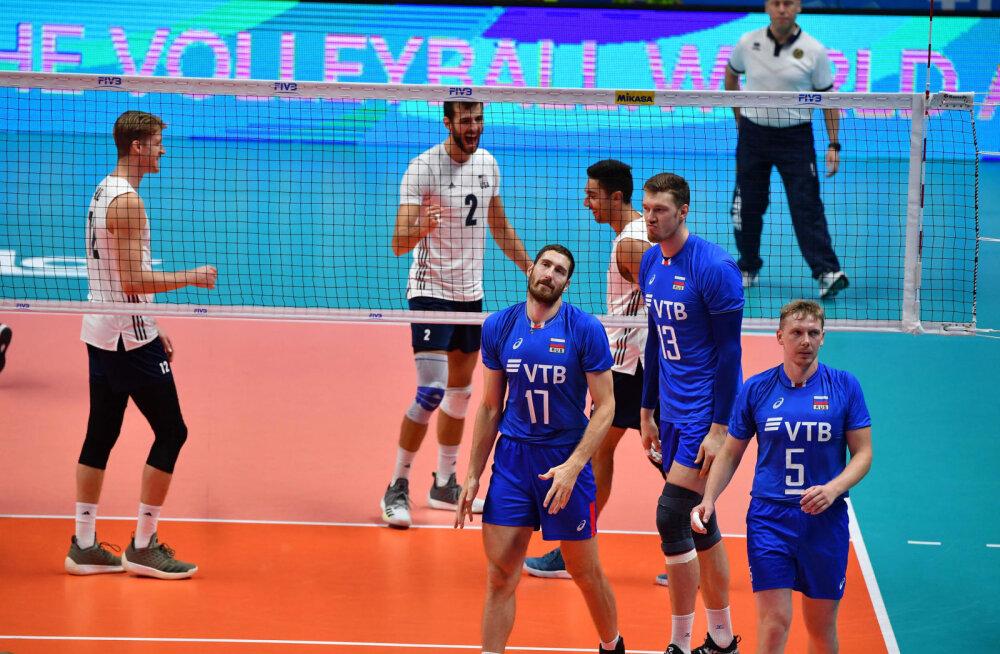 USA saatis Venemaa MM-il kotte pakkima ja marssis poolfinaali, Poola võitis Serbiat 3:0