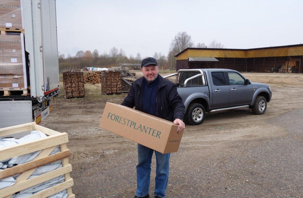 Oma taimeportsu saab kätte Võru valla erametsaomanik Aare Papp.