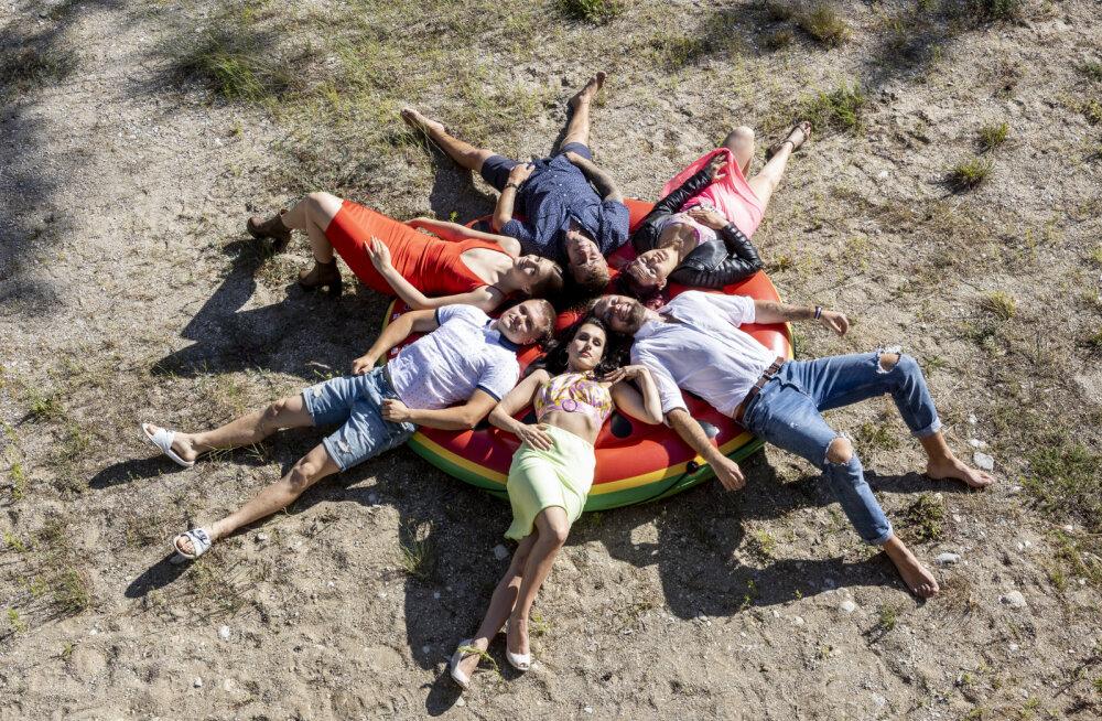 SAA TUTTAVAKS | Kes on need noored, kes asuvad uues pöörases suhterealitys partnerit otsima!
