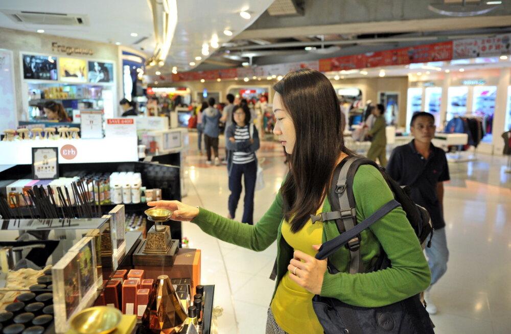 Säästa sadu eurosid: asjad ja teenused, mida ei tasu KUNAGI lennujaamas uisapäisa osta või kasutada