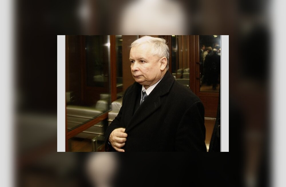 Jaroslaw Kaczynski, twin brother of Polish President Lech Kaczynski, is seen at Smolensk airport April 10, 2010. Poland's President Lech Kaczynski, its central bank head and the country's military chief were among 97 people killed when their plane crashed