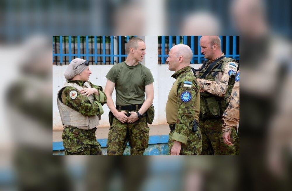 Kaitseväelased KAV-is