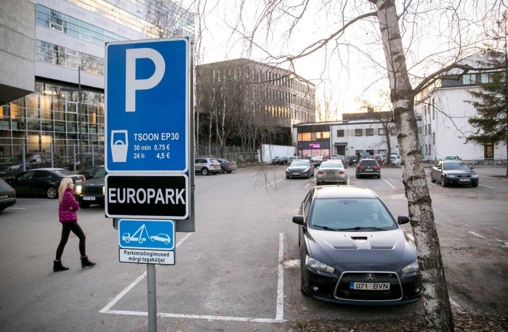 EuroPark получил данные 6000 автовладельцев, не оплативших парковочный штраф