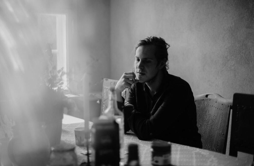VIDEO | Mick Pedaja andis välja uue filmimuusika lühialbumi