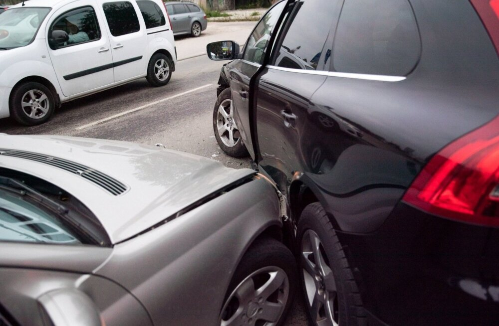 Постановочные аварии: ради денег страховые мошенники готовы даже рискнуть здоровьем