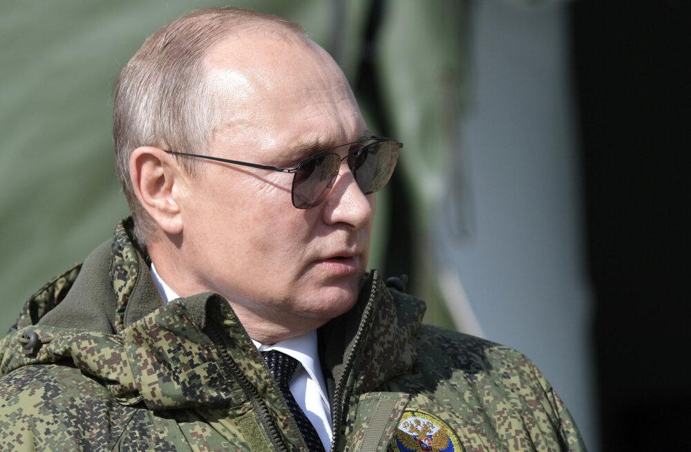 Kreml selgitas, miks Putinil ei ole veel kindrali auastet, kuigi ta on selle mitmekordselt ärateeninud