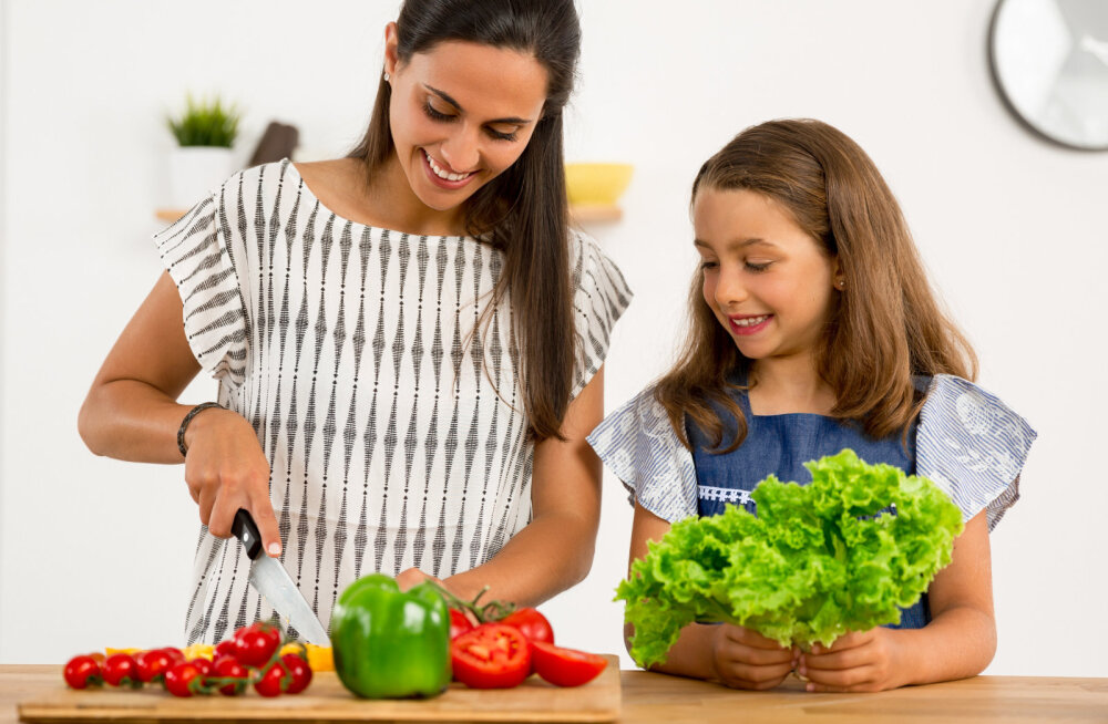 Tervis tulgu! Kuus loovat ideed, mille abil laps salateid sööma panna