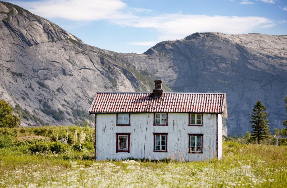 Mahajäetud maamaja on püsinud sada aastat puutumatuna: köögilaualt leiti midagi väga ootamatut!