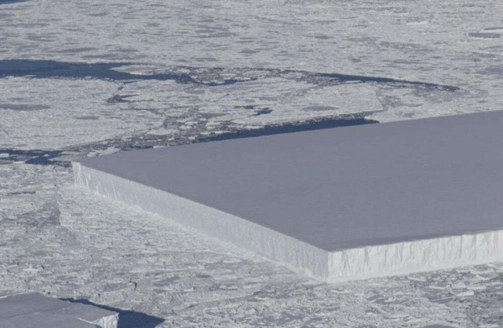 Teadlasi ajab hämmeldusse kummalise kujuga jäämägi Antarktika lähedal