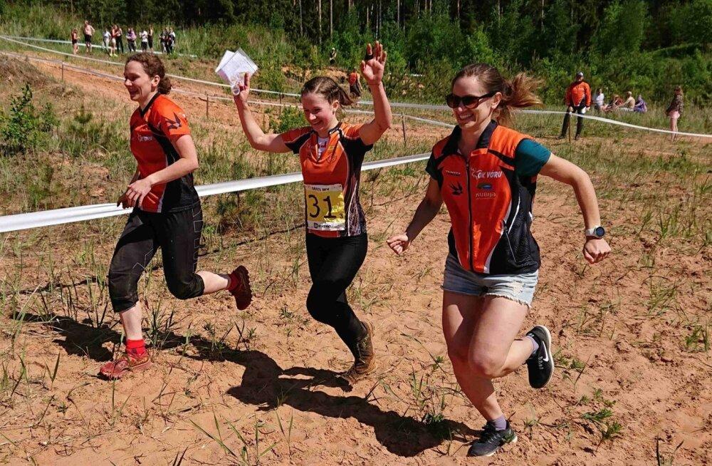 Võidukas OK Võru naiskond: Eleri Hirv, Marianne Haug, Laura Joonas