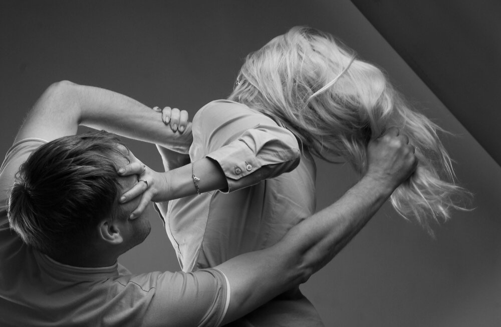 Perevägivald.
