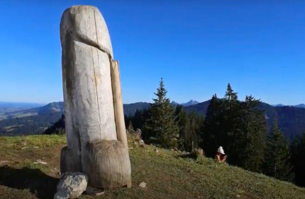 В Германии украли знаменитый двухметровый фаллос с горы Грюнтен