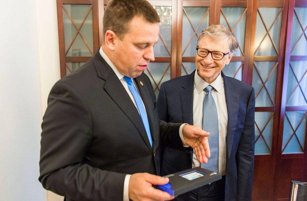 FOTO | Bill Gates kohtus Jüri Ratasega ning sai Eesti e-residendiks