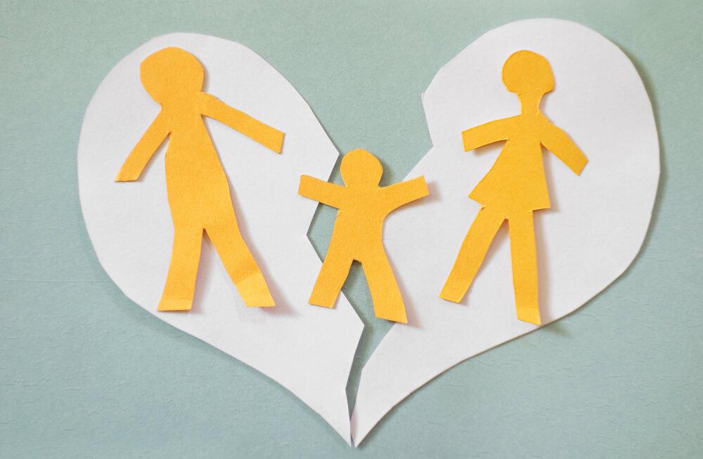 Lahutus puudutab tugevalt ka teie ühiseid lapsi. Kuidas neile sellest nii rääkida, et laste hinge haava ei jääks?