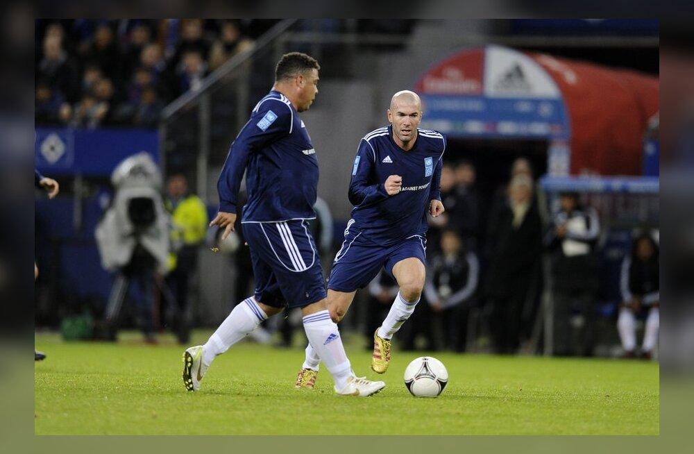 Ronaldo ja Zinedine Zidane Hamburgis