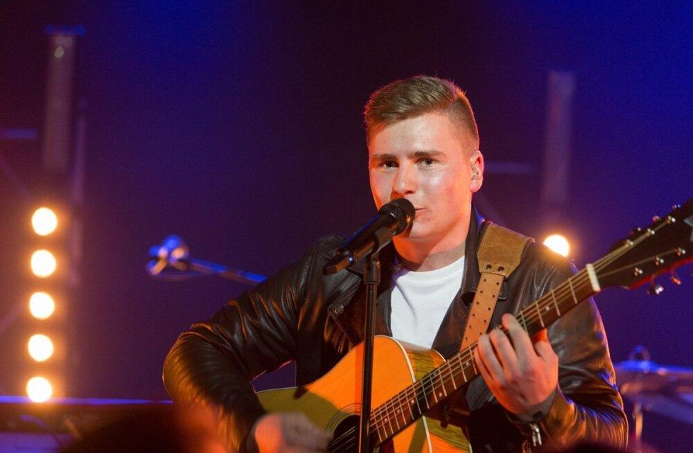 FOTOD | Uudo Sepp pani oma mersu müüki! Ostjale lubab muusik tasuta kontserti