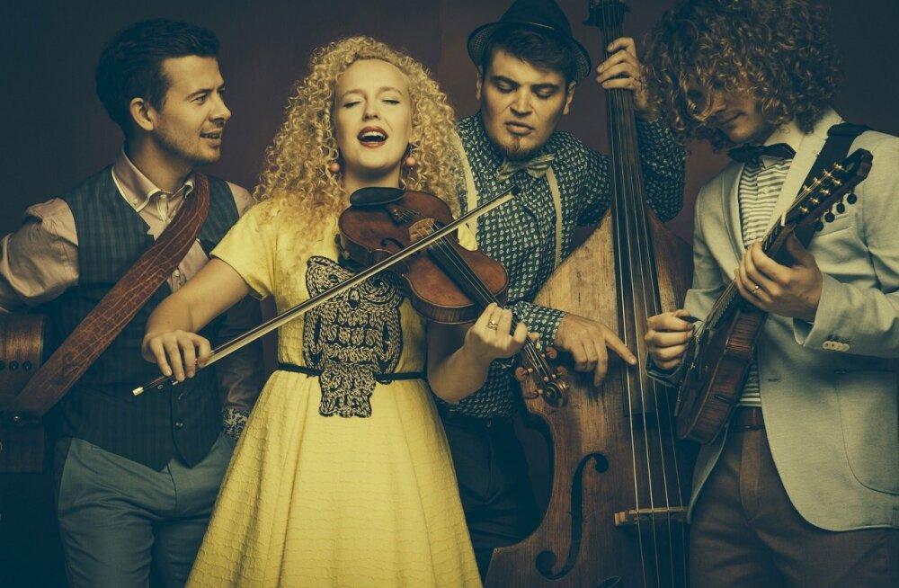 Pane süda folgirütmis põksuma: Curly Strings kergitab saladuseloori oma uutelt lugudelt