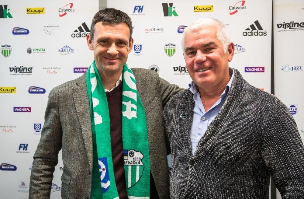 FC Levadia uus peatreener Aleksandar Rogić (vasakul) klubi presidendi Viktor Levadaga