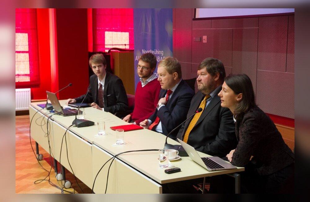 ВИДЕО DELFI: Студент: в эстонско-российских отношениях не все так плохо, как многие видят