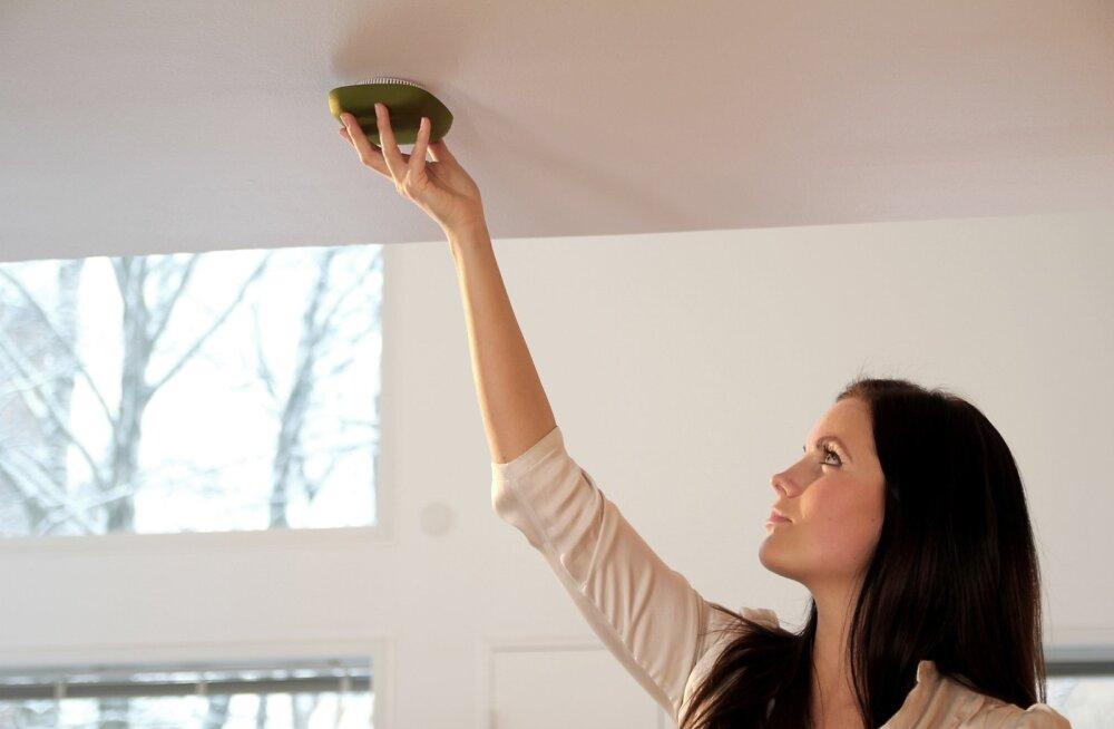 ОПРОС DELFI: А у вас дома есть дымовой датчик?