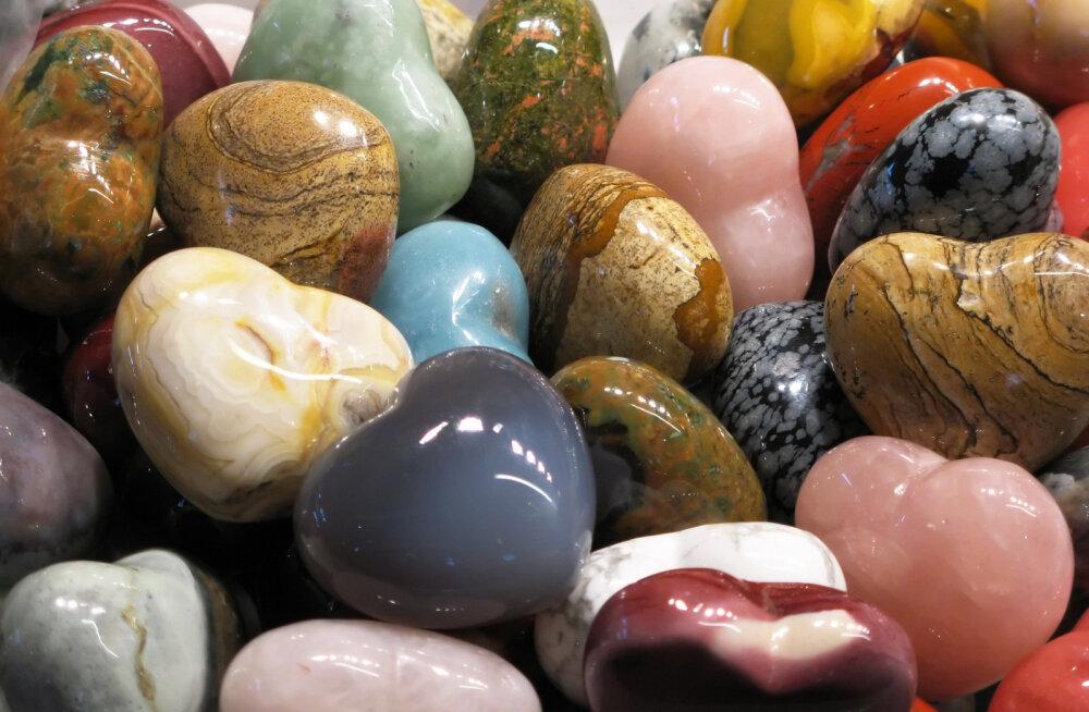 Tervendavad kristallid II: leia endale sobiv poolvääriskivi, mis kaitseb negatiivse energia eest ja turgutab tervist