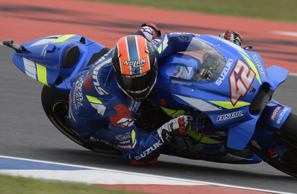 Alex Rinsile MotoGP klassis debüütvõit, Marquez pani liidrikohalt külje maha