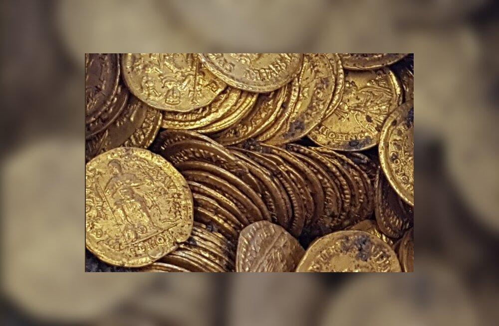 Vikerkaare ots leitud? Arheoloogid leidsid Itaalia teatri alt paja Rooma-aegsete kuldmüntidega