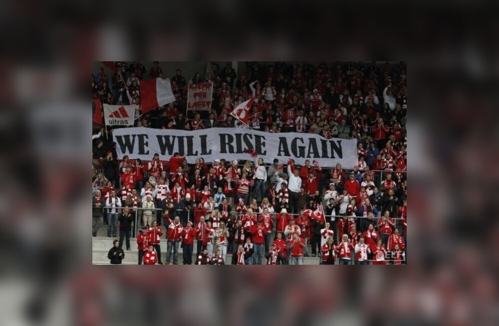 Fredrikstadi jalgpalliklubi poolehoidjad loodavad meeskonna tõusu meistriliigasse