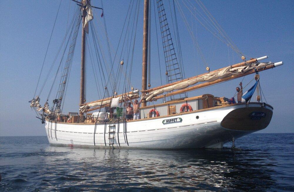 Eesti vanim purjelaev Hoppet viib seltskonna merele