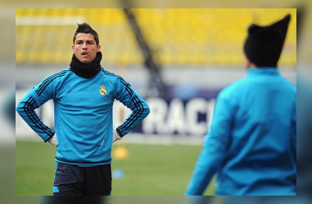 Cristiano Ronaldo treenib Moskvas