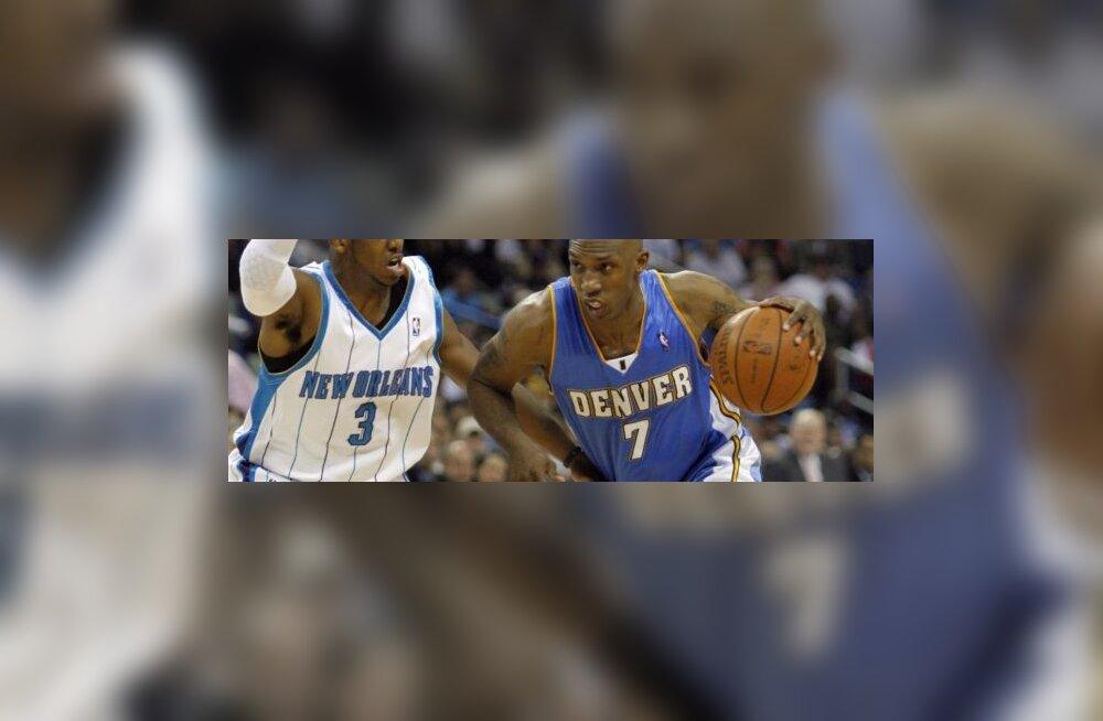 New Orleans Hornetsi Chris Paul ja Denver Nuggetsi Chauncey Billups