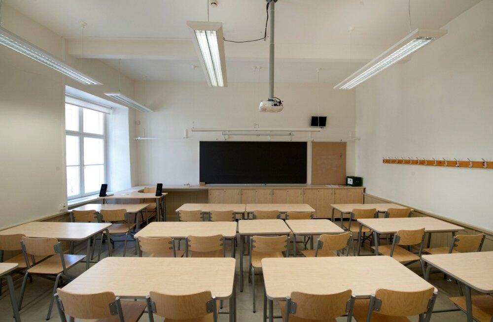 Центристская фракция предлагает отклонить изменения в Закон о частных школах